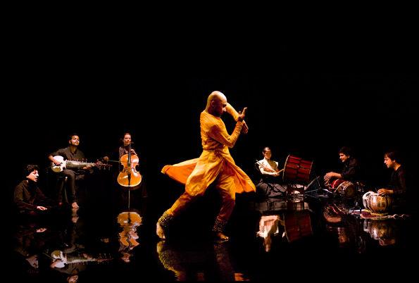 dancer_-akram_khan_Richard_Haughton.jpg