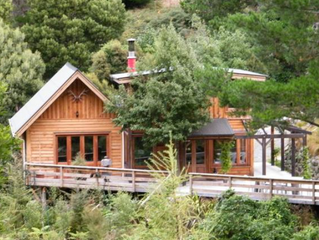 Sponsor Shout Out ~ BirdSong Lodge