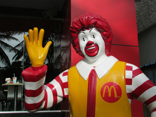 Ronald Welcomes His Fans Again