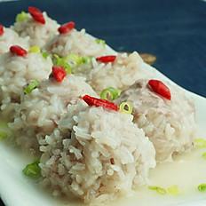 E11 糯米珍珠丸子 Steamed Meatball w. Sticky Rice