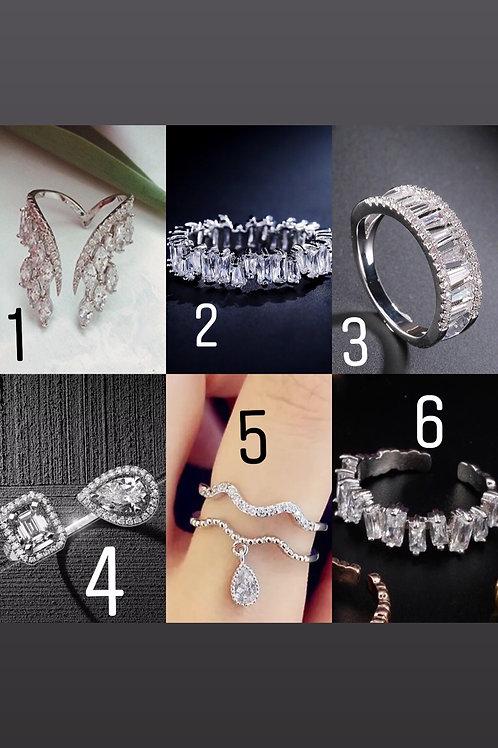 Silver rhinestones rings