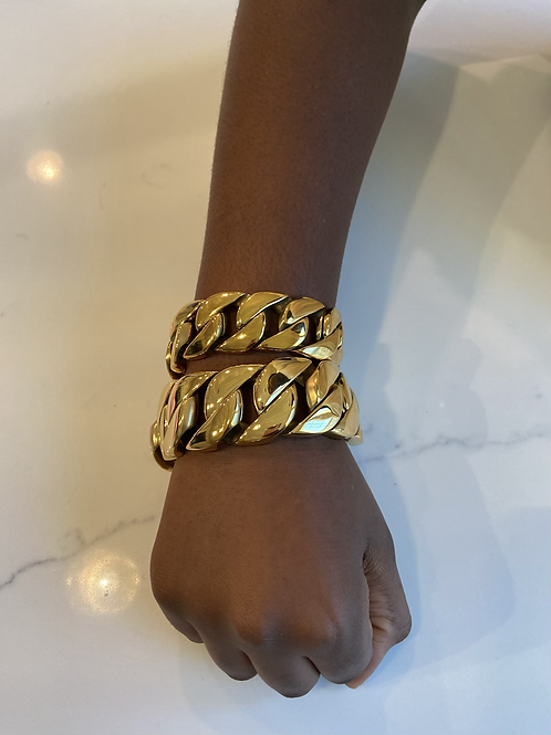 Medium chunky Cuban link bracelet