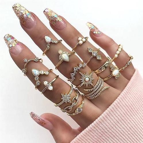 Seventeen piece ring set