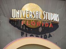 universal-studios-466564_1920-compressor