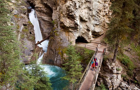 Canyon_Johnston_vallée_de_la_Bow.jfif