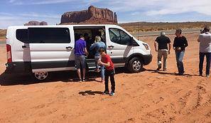 Un moment de pause pour l'équipe Evasion Forever et nos clients dans la valley drive