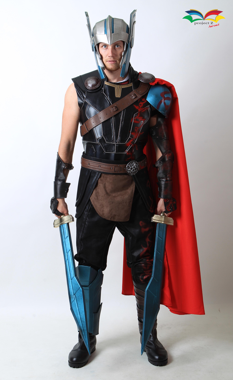 Thor Ragnarok costume fullbody front