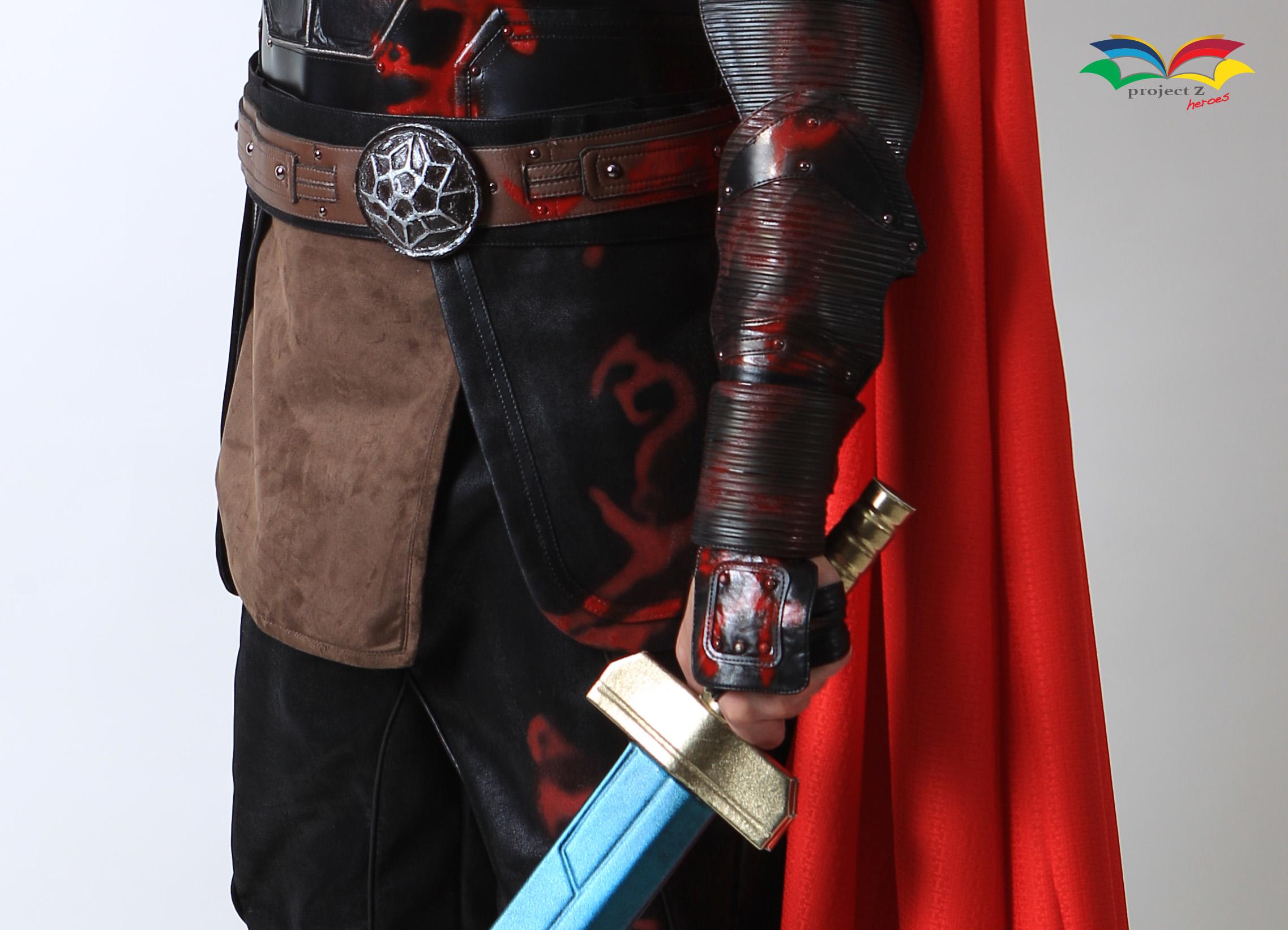 Thor Ragnarok costume belt closeup