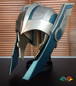 Thor Ragnarok helmet
