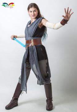 Rey Star War costume fullbody front act4