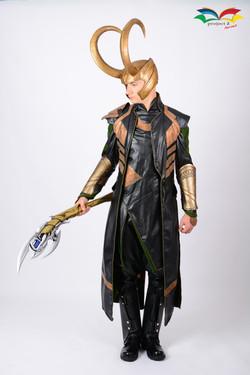 Loki costume fullbody sideway