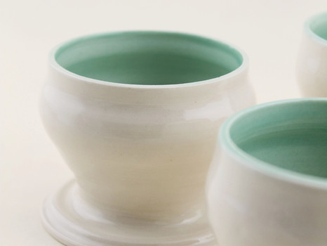 Elaine's Crystal Cone 6 Porcelain Body
