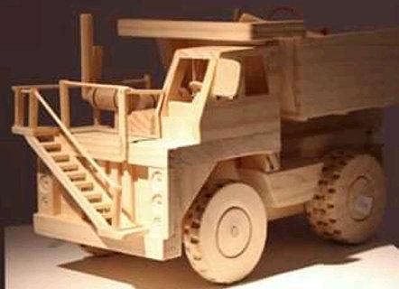 Camião em madeira