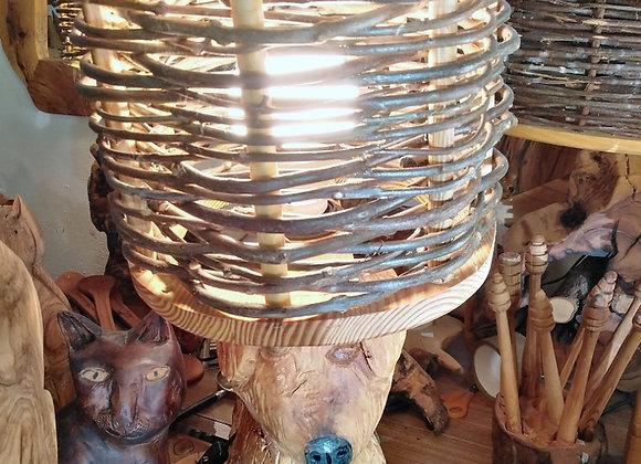 Candeeiro de madeira