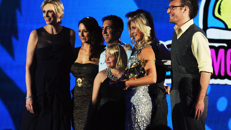 The Sparkle Effect Wins $100K Grand Prize at Do Something Awards