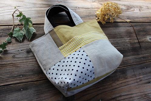 パッチワークと綿麻キャンバスのバッグ