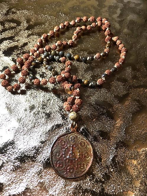 Rudrani - Mala mit alter Buddha-Münze &