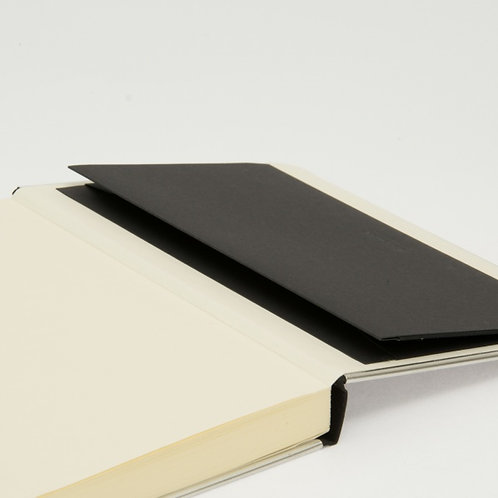 Basic Notizbuch mit Punktraster & Metallkante