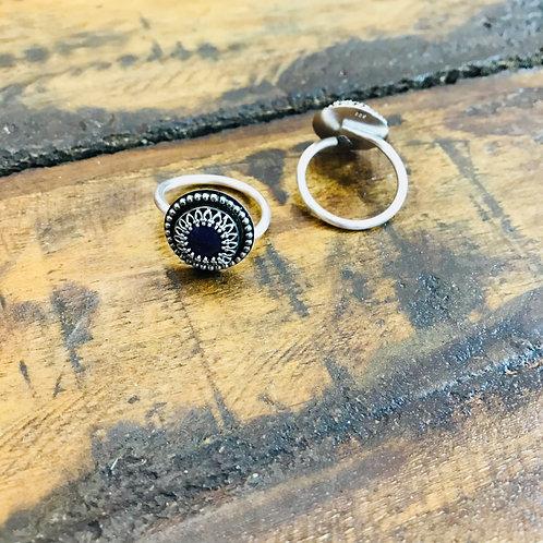 """Ring """"Dirndl"""" Sugilith"""