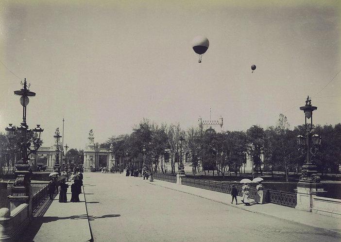 Hot Airballoons - Vintage Postcard