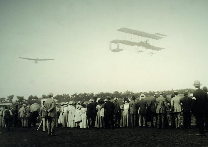 Airplanes -Vintage Postcard