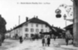 La place de St Genis Pouilly