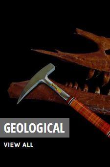 Matériel de géologie marteau et pioche