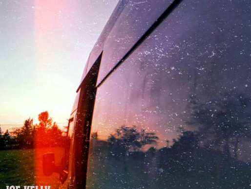 Joe Kelly and The Royal Pharmacy –  Amber Glow / Carousel