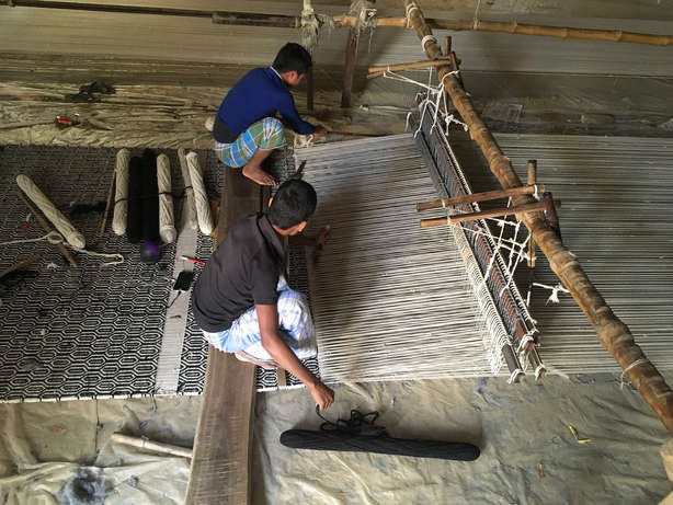 Weaving Kilim.JPG