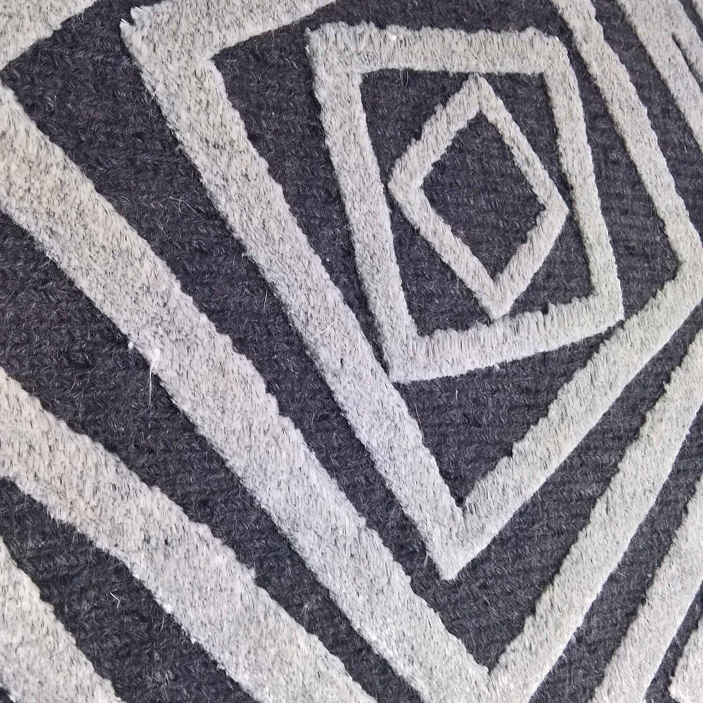 Sumack en lin avec design en laine