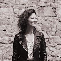 Michelle Wallace Host In ireland