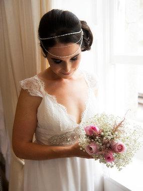 best natural wedding photo of bride