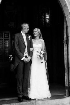best natural wedding photos by wedding photographer
