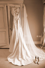 wedding dress photographs inspiration by professional wedding photographer