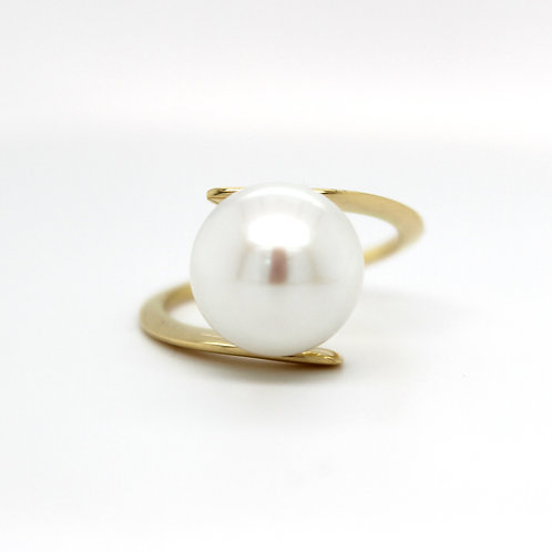 18ct Yellow Gold Cultured Pearl Ring