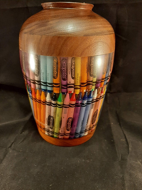 A101 Crayon in resin vase