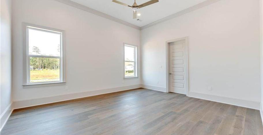 124 Bay Tree Manor Master Bedroom