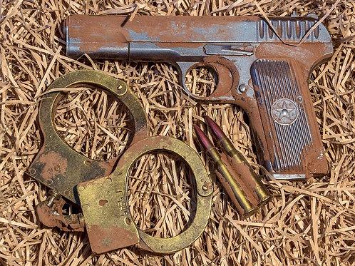 Набор №17 - Пистолет ТТ и наручники