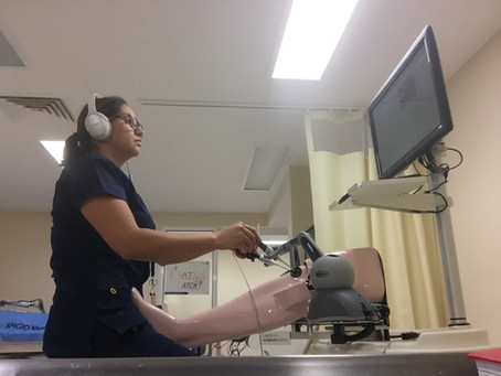 Desarrollo de plan de entrenamiento con simulación de artroscopia para residentes