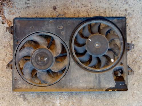 Вентилятор охлаждения двигателя 1095445 Форд Мондео
