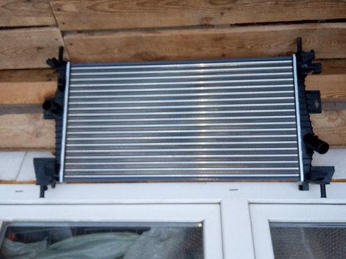 Радиатор Форд Фокус 3 охлаждения двс   1705805