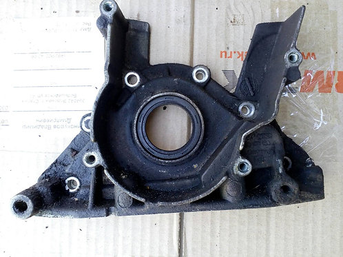 Крышка двигателя передняя 038103153A Фольксваген Пассат Б5+