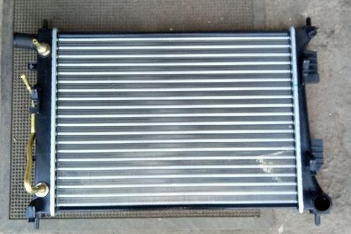 Радиатор охлаждения Хендай Солярис, Рио 3   253104L050