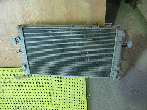 Астра н радиатор охлаждения двигателя 1300267