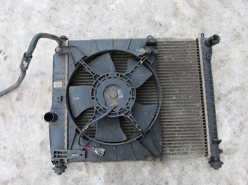 Радиатор охлаждения Шевроле Авео Т250  96816481