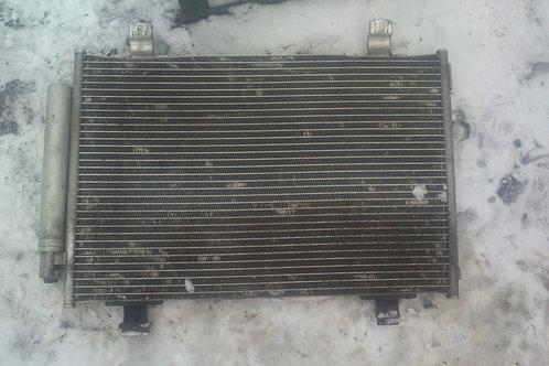 Радиатор кондиционера 9531062J10 Сузуки Свифт