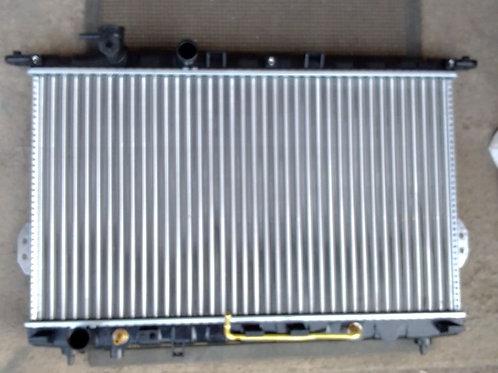 Радиатор охлаждения Хендай Соната 2531038050