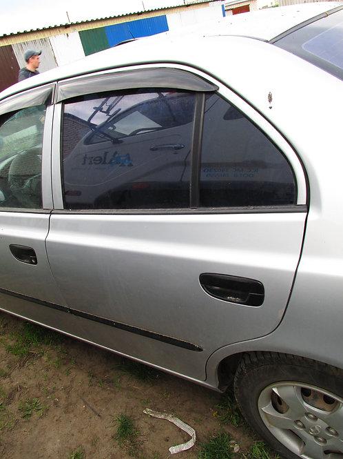 Хендай акцент тагаз дверь задняя левая 7700325030