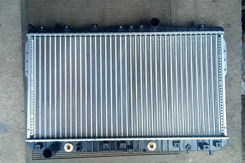 Радиатор охлаждения Шевроле Лачетти 96553425