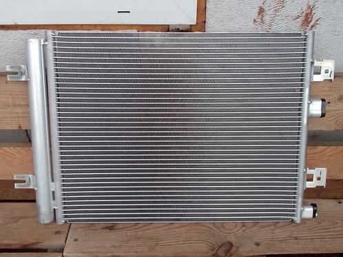 Радиатор кондиционера Рено Логан. Дастер, Сандеро  8200741257
